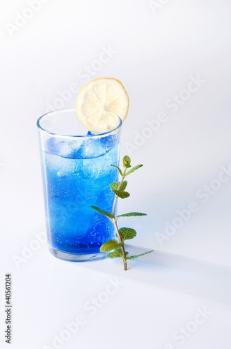 Blue Moon (Blue Curacao cocktail)