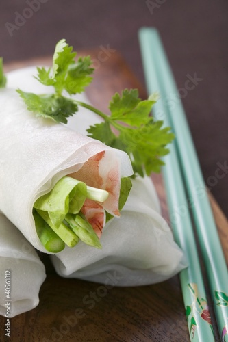 Vietnamese spring rolls with asparagus and shrimps