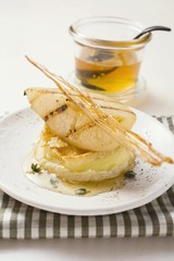 Fried goat's cheese with pear and praline
