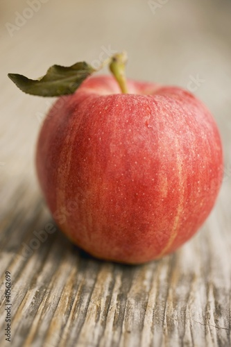 A Gala apple with leaf