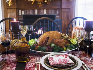 Stuffed turkey on Thanksgiving table (USA)