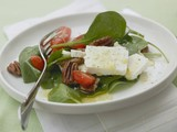 Spinach salad with pecans, sheep's cheese & cherry tomatoes
