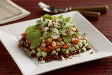 Garbanzo Bean Salad with Arugula