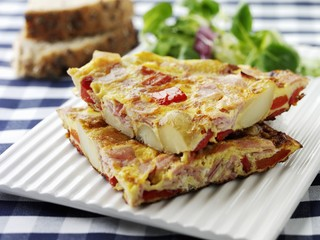 Ham and vegetable omelette