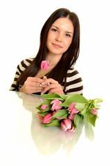 sexy femme avec bouquet de tulipes