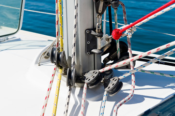 Sailing boat mast foot with details