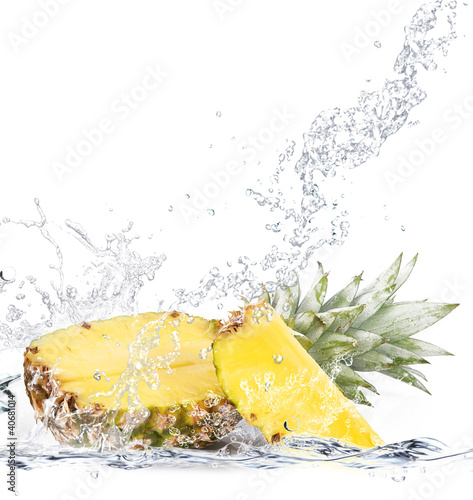 Poster Opspattend water ananas splash