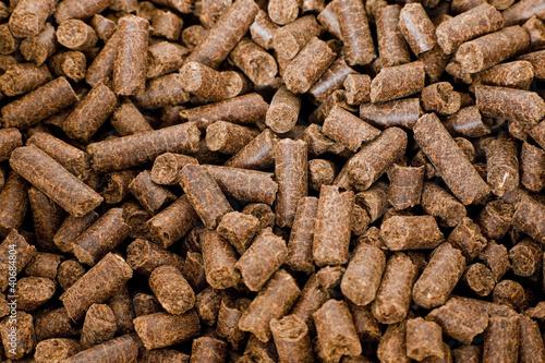 Leinwanddruck Bild DDGS Pellets (Dried Distillers Grains with Solubles)
