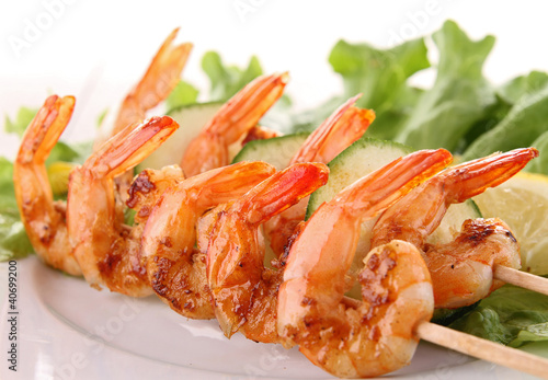 grilled shrimp and lettuce
