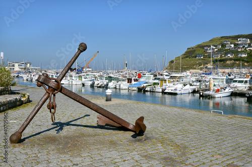 Papiers peints Port Marine anchor at Fécamp in France