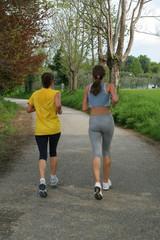 Ragazze che corrono