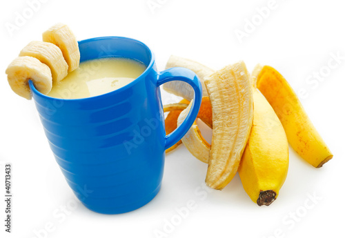 Banana Smoothie and fresh Banana