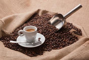 Espresso Italiano and coffee beans