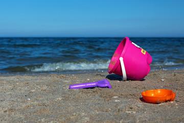 KInderspielzeug Buddelspielzeug am Strand