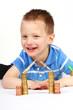 Junge spart fürs Eigenheim 3