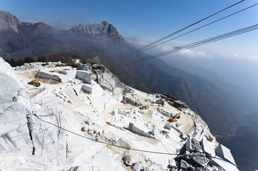 Toscana: Alpi Apuane, cava di marmo 2