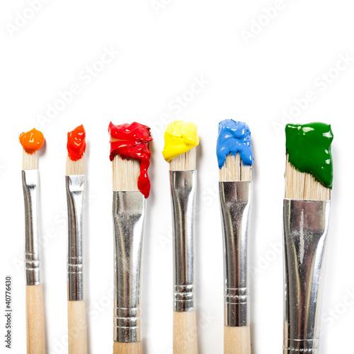 6 farbige pinsel stockfotos und lizenzfreie bilder auf bild 40776430. Black Bedroom Furniture Sets. Home Design Ideas