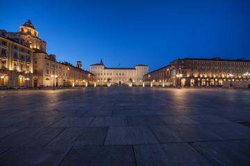 Palazzo Reale di Torino al tramonto (5) - Piazza Castello