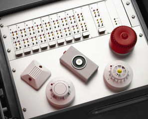 Smoke and fire detectors and control console