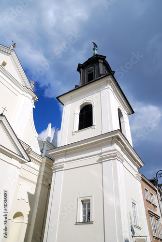 church in an old part of the town in Warsaw, Poland © Aleksey Stemmer