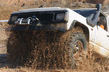 4x4 stuck in the mud