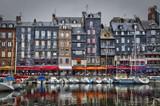 Fototapety Le Vieux Bassin et le quai Saint Catherine à Honfleur