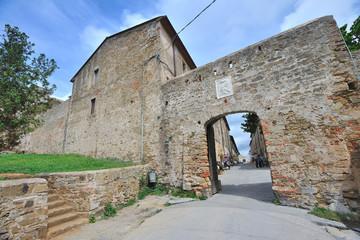 Mura di Populonia - Toscana Italia