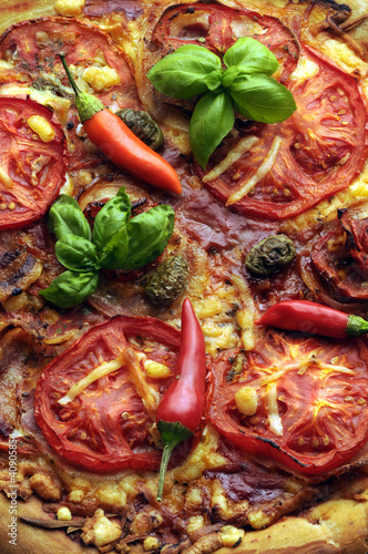 Pizza al peperoncino piccante Pizza with hot pepper