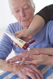 Aide à la personne - Hydratation de la peau poster