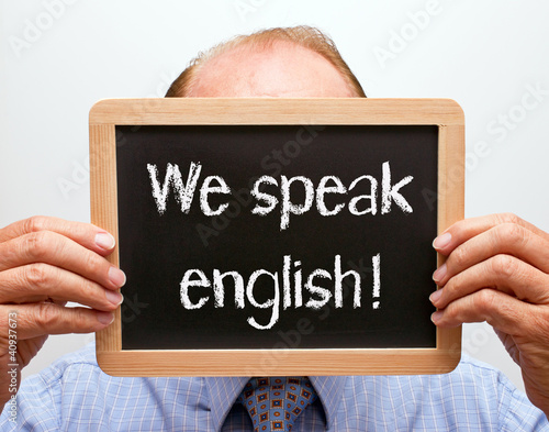 We speak english !