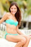 letní dovolená žena šťastná
