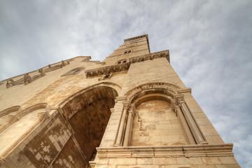 Duomo di Trani dal basso