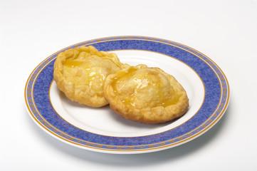 seadas dolce tipico sardo con il miele