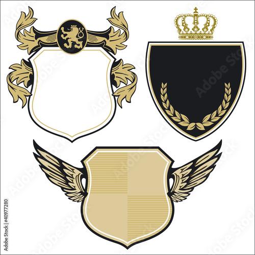 drei fürstliche Wappen