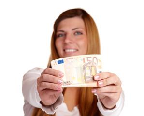 Frau mit 50 Euro