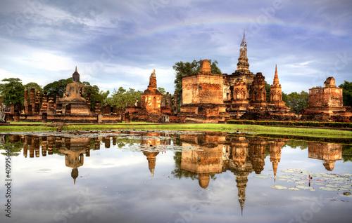 park-historyczny-sukhothai-w-tajlandii