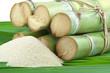 paquet de cannes à sucre et sucre de canne