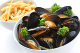 Fototapety steamed mussels with white wine, and french fries