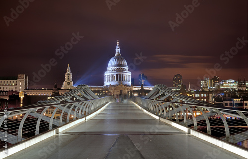 Millennium bridge London Großbritanien