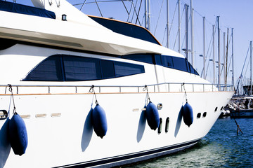 Yacht au port_2