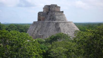 Casa del Adivino, Uxmal, Yucatán, México