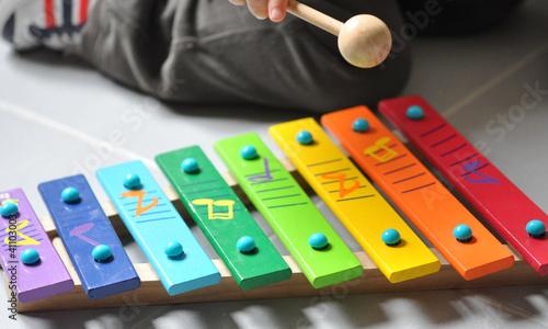 canvas print picture initiation à la musique xylophone