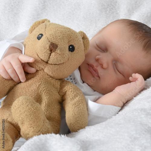 Baby mit Bärchen