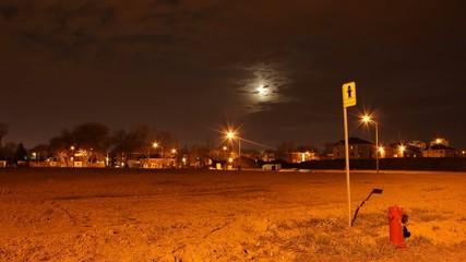 Lune sur borne d'incendie