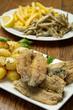 fritto misto di pesce con patate