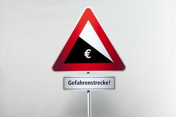 Die Talfahrt des Euro gefŠhrdet die gesamte EU