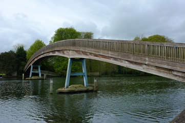 Thames footbridge