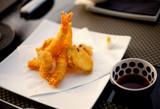 tempura krewetki ciasto królewskie smażone olej ryba morze poster