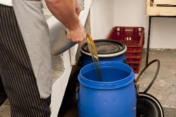 reciclar aceite usado 2