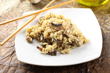 Risotto with fresh mushrooms